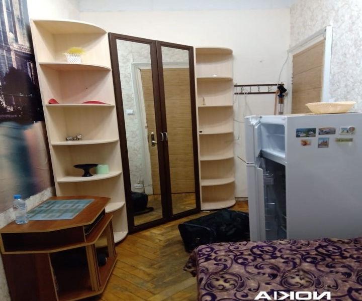 Сдается комната ,  9 м, в шаговой доступности от метро Московская.